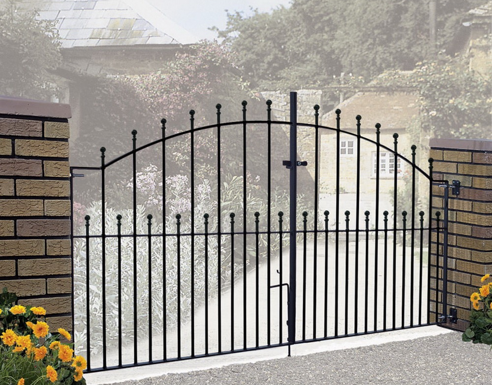Manor Wrought Iron Style Metal Driveway Gates